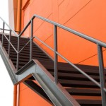escalier en métal extérieur